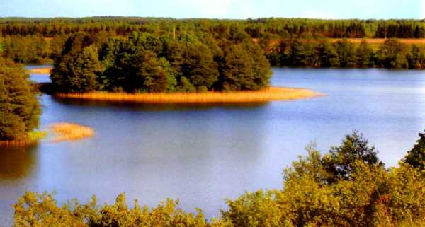 Belarus_National_park_Braslavskiye_Lakes_overview